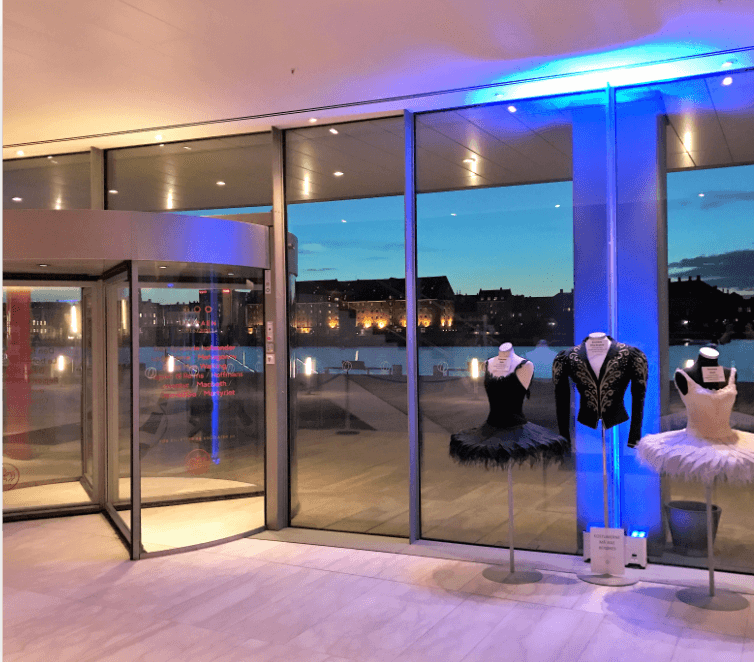 2 Stylish Gala Dinner Event at iconic Royal Opera House in Copenhagen, Credits DMC Nordic